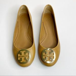 Tory Burch Reva Leather Ballet Flat Tan/Gold 9